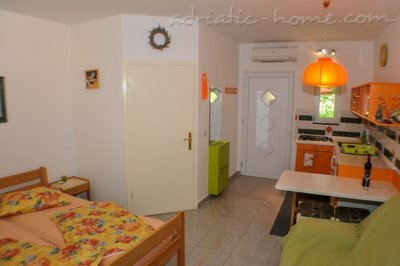 Studio apartment FINIDA, Poreč, Croatia - photo 10