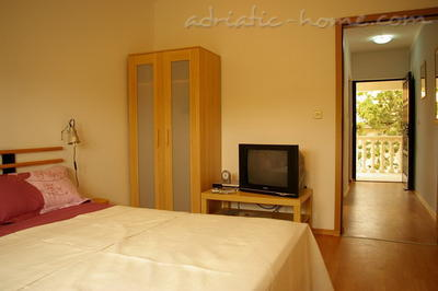 Apartments AENONA I, Nin, Croatia - photo 4