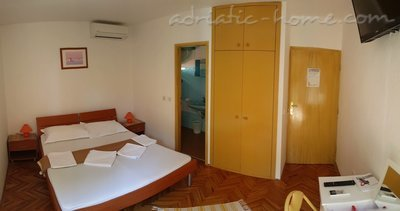 Rooms Brela Croatia, Brela, Croatia - photo 7