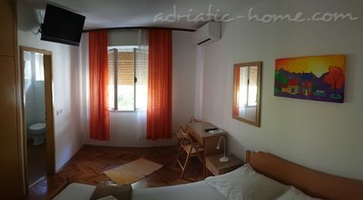 Rooms Brela Croatia, Brela, Croatia - photo 10