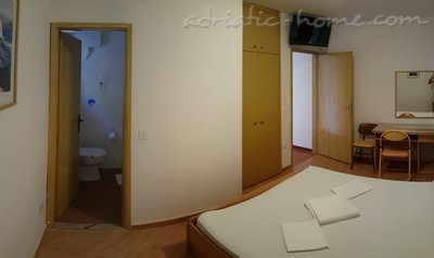 Rooms Brela Croatia, Brela, Croatia - photo 12