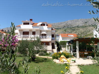 Apartments JURE, Dugi Rat, Croatia - photo 1