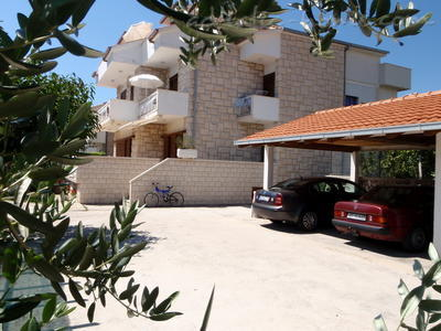 Apartments JURE, Dugi Rat, Croatia - photo 2