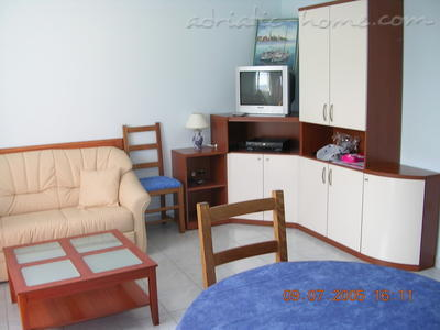 Apartment CRIKVENICA, Crikvenica, Croatia - photo 2