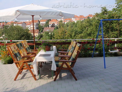 Apartments VILLA MAXIMIR - LUKA, Zagreb, Croatia - photo 2