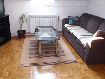 Apartments VILLA MAXIMIR - LUKA, Zagreb, Croatia - photo 3