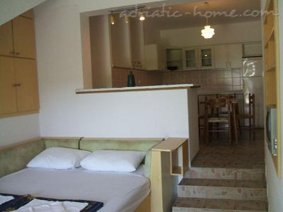 Apartments BULUM, Hvar, Croatia - photo 5