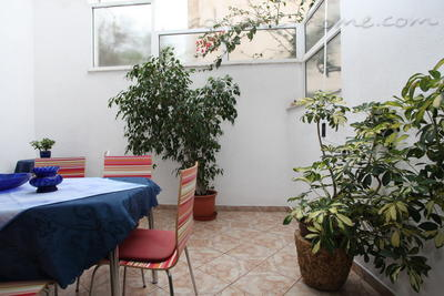Ferienwohnungen Comfort Apartment with Terrace (4 - 5 Adults), Makarska, Kroatien - Foto 6