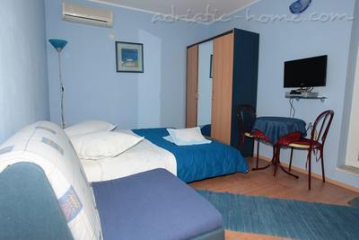Ferienwohnungen Comfort Apartment with Terrace (4 - 5 Adults), Makarska, Kroatien - Foto 8