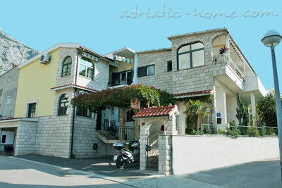 Leiligheter Comfort Apartment with Terrace (4 - 5 Adults), Makarska, Kroatia - bilde 1