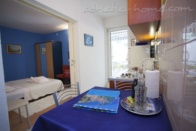 Apartmány Comfort Apartment with Terrace (4 - 5 Adults), Makarska, Chorvátsko - fotografie 11