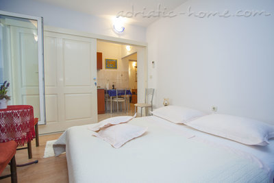 Apartamentos Comfort Apartment with Terrace (4 - 5 Adults), Makarska, Croácia - foto 12