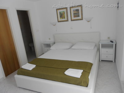 Apartments VILLA KRISTONIA, Hvar, Croatia - photo 2