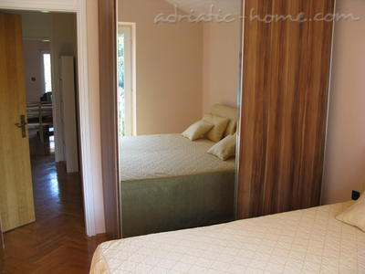 Apartments AGIS, Vodice, Croatia - photo 3