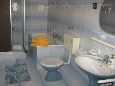 Apartments AGIS, Vodice, Croatia - photo 8