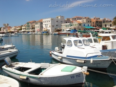 Apartments ALUN, Vodice, Croatia - photo 1