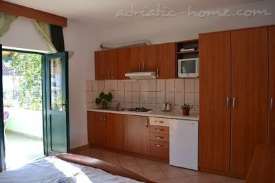 Apartments BULUM II, Hvar, Croatia - photo 3