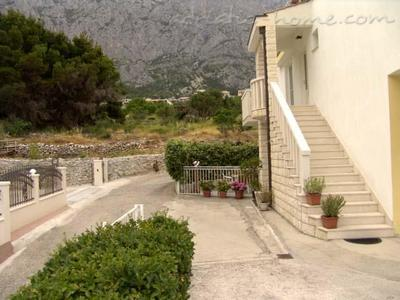 Apartments VILLA MEDUSA II, Makarska, Croatia - photo 10
