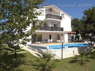 Studio apartment VILA MARINELA  A 2+1 -no 7, Poreč, Croatia - photo 2