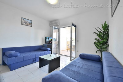 Apartments HABEK 2, Hvar, Croatia - photo 2