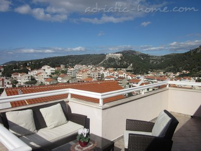 Apartments KREŠIĆ AP4, Hvar, Croatia - photo 2