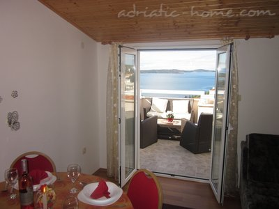 Apartments KREŠIĆ AP4, Hvar, Croatia - photo 5