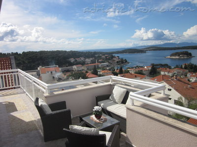Apartments KREŠIĆ AP4, Hvar, Croatia - photo 8