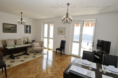 Apartments WRIGHT HOUSE, Dubrovnik, Croatia - photo 4