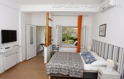 Studio apartment STELLA MARE - ANKORA, Hvar, Croatia - photo 1