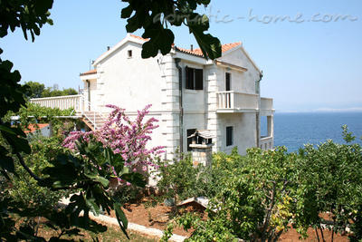 Apartment GRMA II, Brač, Croatia - photo 2