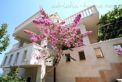 Apartments GRMA II, Brač, Croatia - photo 2