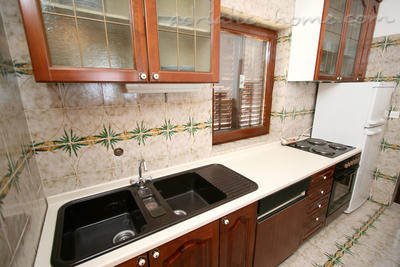 Apartment GRMA II, Brač, Croatia - photo 6