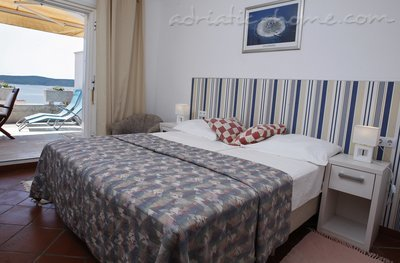 Apartments STELLA MARE - TIMUN, Hvar, Croatia - photo 3