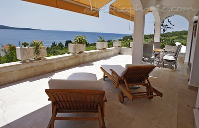 Apartments CAPTAIN RESIDENCE, Hvar, Croatia - photo 2