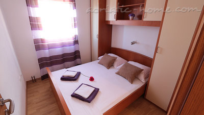 Ferienwohnungen Villa Flamingo 2-5 person 100m center Seaview, Makarska, Kroatien - Foto 3