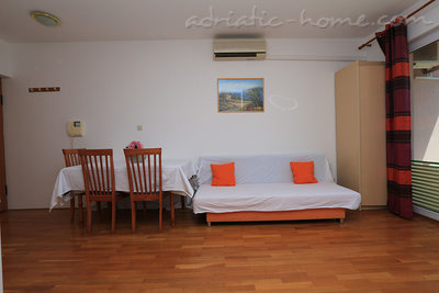 Apartments 2-5 person 100m from beach, Makarska, Croatia - photo 9