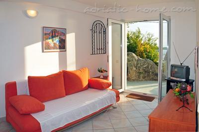 Apartments DEA II, Hvar, Croatia - photo 3