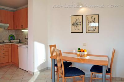 Apartments DEA II, Hvar, Croatia - photo 4