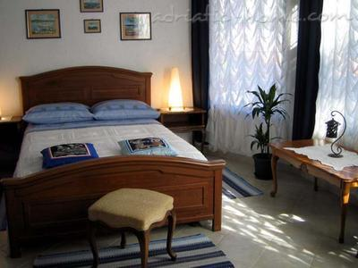 Apartment VILLA DOMUS MARINI: Zara, Hvar, Croatia - photo 4
