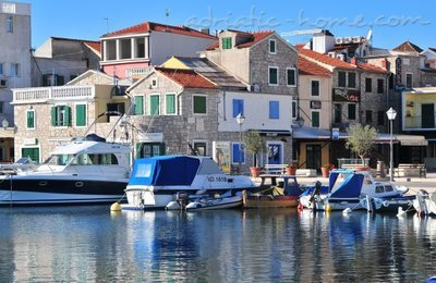 Apartments TAMARIS *** II, Vodice, Croatia - photo 12