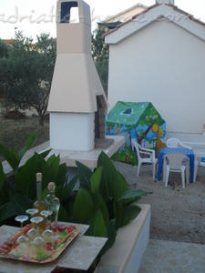 Apartments TAMARIS *** IV, Vodice, Croatia - photo 9