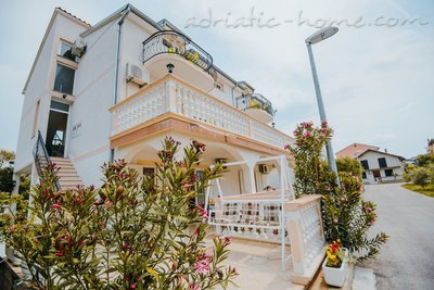 Apartments TAMARIS *** IV, Vodice, Croatia - photo 15