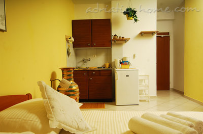 Studio apartment MIRELA III, Dubrovnik, Croatia - photo 2