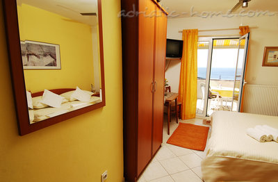 Studio apartment MIRELA III, Dubrovnik, Croatia - photo 4