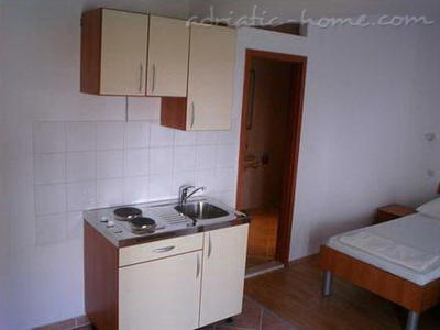 Studio apartment ZOVKO III, Dubrovnik, Croatia - photo 4