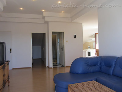 Apartments VUKICEVIC III, Biograd na moru, Croatia - photo 4