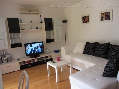 Apartments TIA, Biograd na moru, Croatia - photo 3
