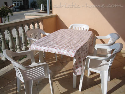 Apartment PLAVIA, Biograd na moru, Croatia - photo 3
