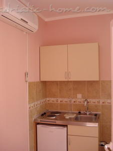 Apartments SANDRA***, Tivat, Montenegro - photo 4