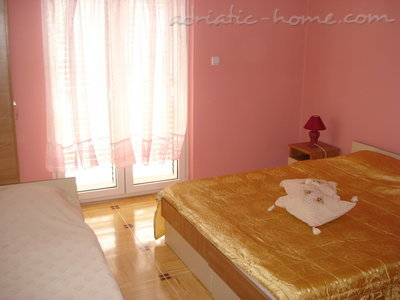Apartments SANDRA II***, Tivat, Montenegro - photo 6